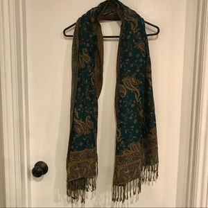 Green and tan paisley scarf